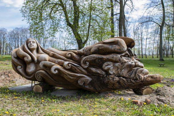 Paežerių dvaro skulptūros