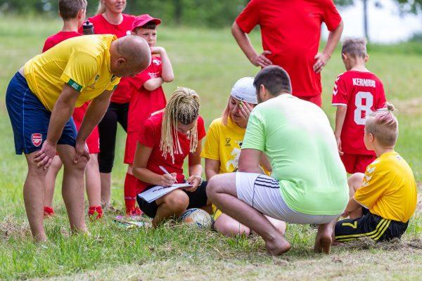 """šeimų futbolo šventė """"Vieninga šeima"""""""
