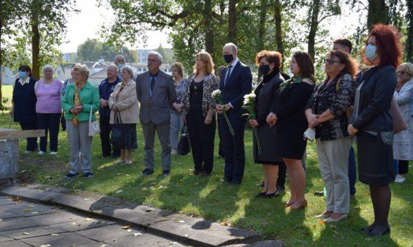 ietuvos žydų genocido aukų atminimo dienos paminėjimas Vilkaviškio žydų Holokausto kapinėse