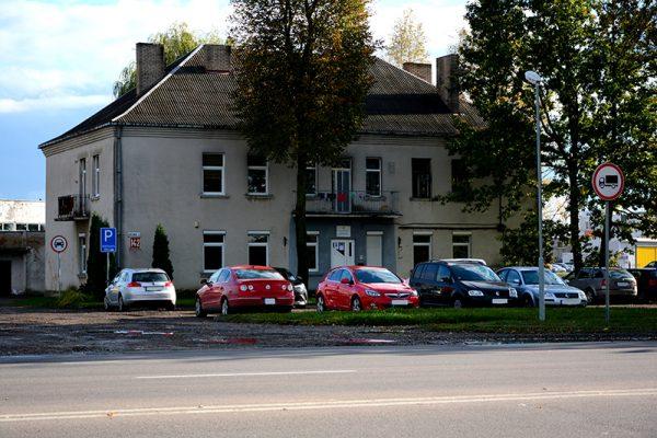 Šiame Marijampolės Kauno g. name buvo pirmoji SKB buveinė