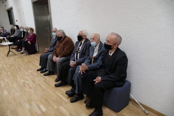 Tarptautinės pagyvenusių žmonių dienos minėjimas bibliotekoje