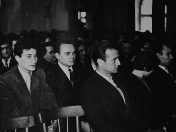 Nuotraukoje pirmame plane - A. Bružas, P. Pečiulis, A. Samuolis