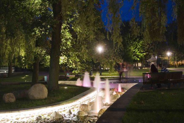 Marijampolė, Poezijos parkas saulei nusileidus