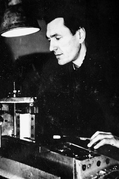 Šaltkalvis E. Ramanauskas – Garbės ženklo ordininkas. 1966 m.