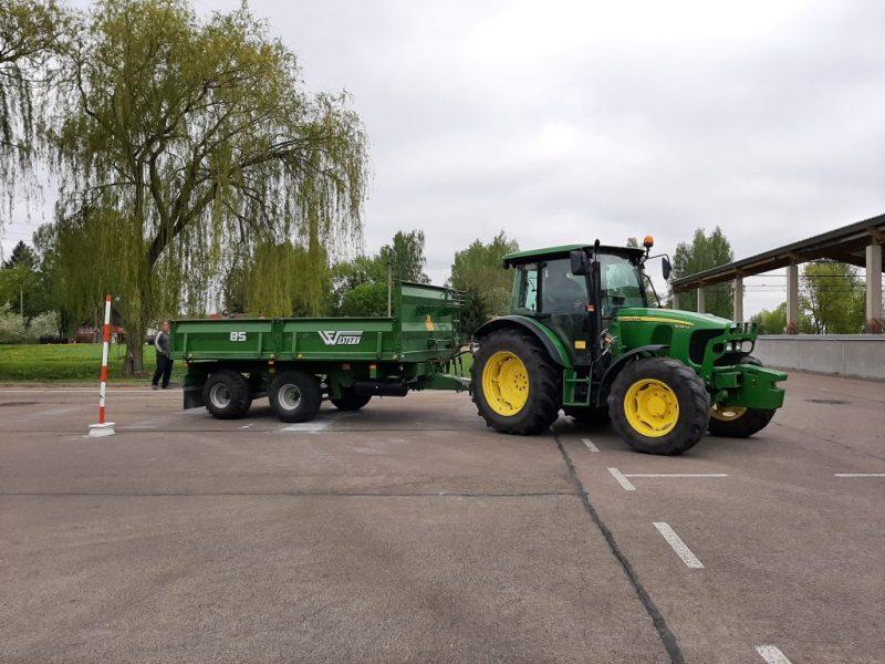 Jaunųjų traktorininkų profesinio meistriškumo konkursas mprc