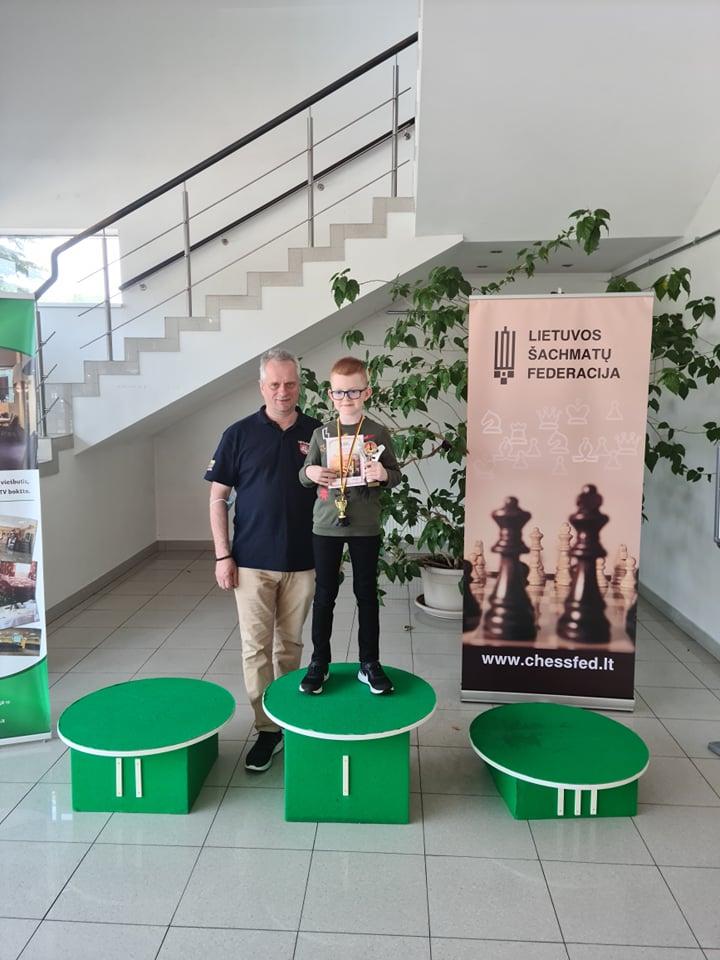Šarūnas Norkeliūnas su treneriu Rolandu Martinkumi