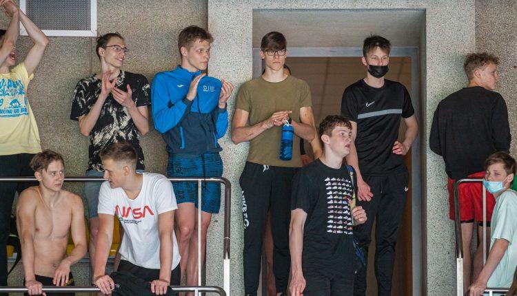 Lietuvos jaunimo ir jaunių plaukimo čempionatas