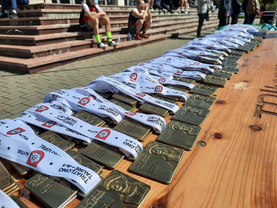 Lietuvos triatlono taurės varžybų medaliai