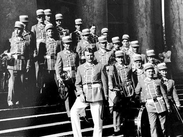 1970 m. Vilniuje respublikiniame konkurse laimėjus antrąją vietą