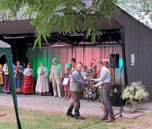 """Valavičių mėgėjų teatras """"Širma"""""""