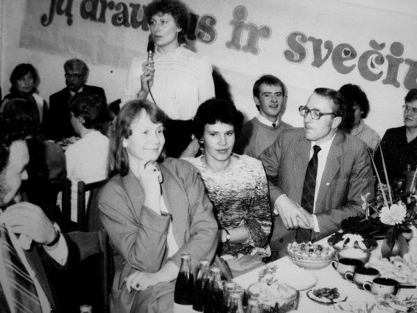 Švenčiame 1987 m. Mašinų gamintojo dieną