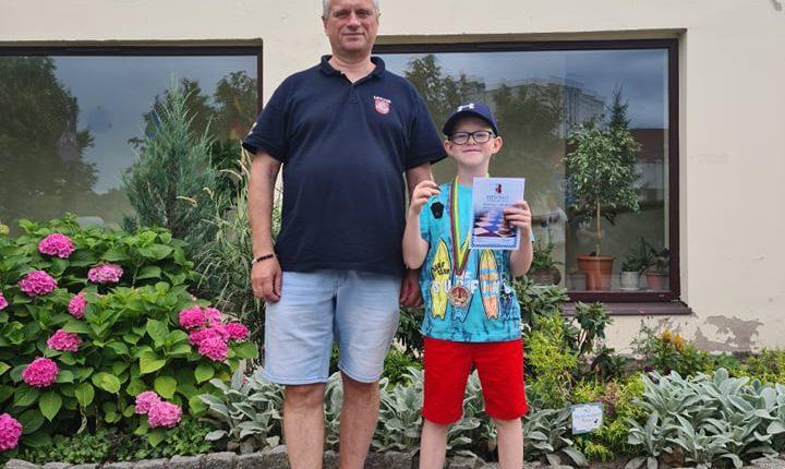 Šarūnas su treneriu Rolandu Martinkumi - 2 vieta