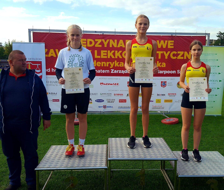 Andrėja Zigmantaitė- 1 vieta, Luknė Šlekytė - 3 vieta