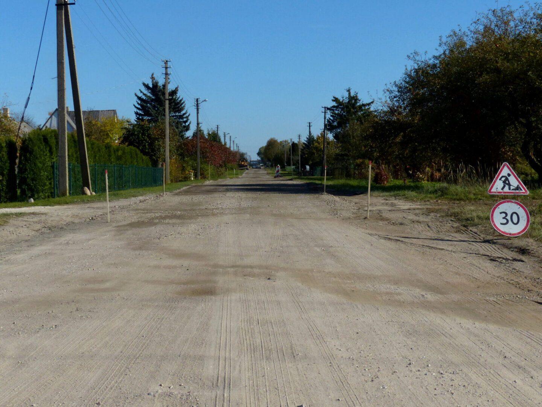 Netrukus Steponiškių gatvės atkarpa Trakiškių gyvenvietėje atjaunės
